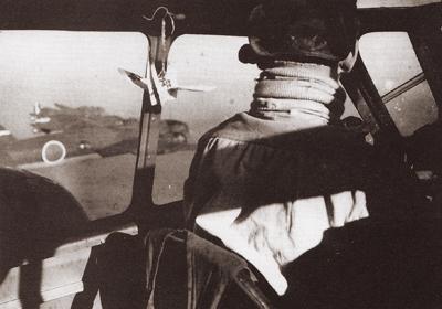 一式陸攻と折鶴
